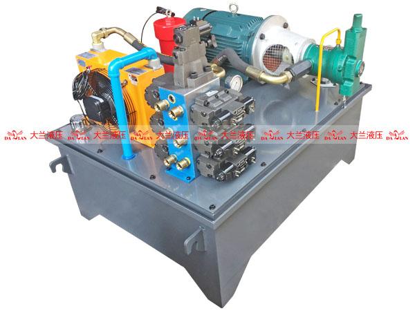 大兰7缸高压液压站