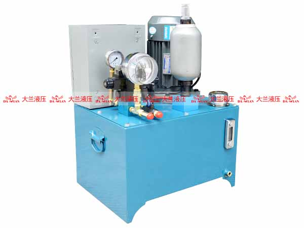 大兰5.5KW立式液压系统