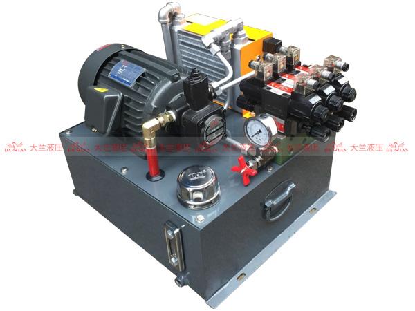 大兰液压3路变量泵液压系统