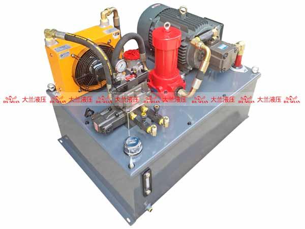 大兰5.5KW中压液压系统