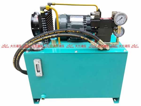 大兰液压汽车起重机液压系统
