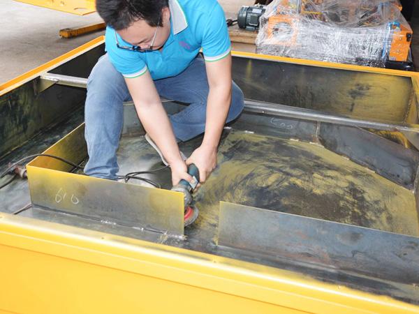 液压油箱清理